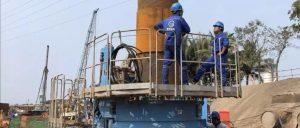 旋入式静压植桩机首次应用于隧道支护工程