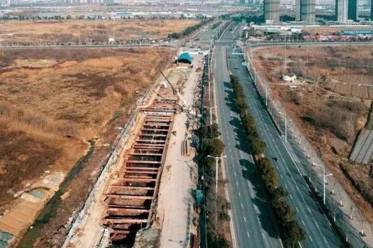 南京综合管廊改进打拔桩方案,降低影响